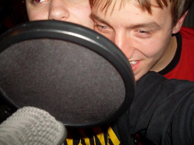 Marko en Malou voor Microfoon